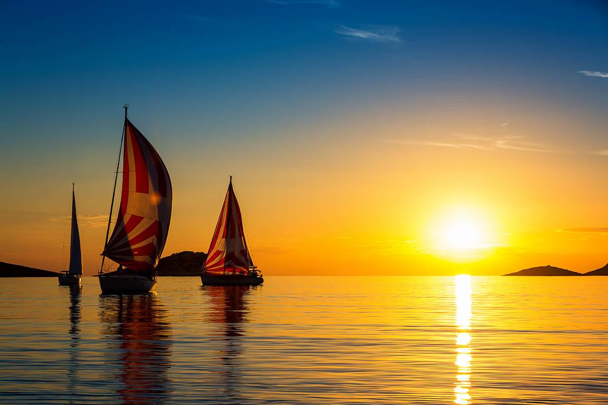 sailors-yachting-yachts